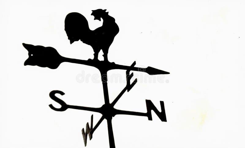 Vieux rétro Weathervane de coq en métal photographie stock libre de droits