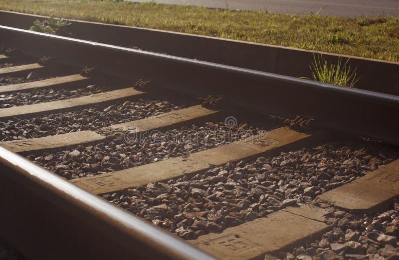 Vieux rails dans un paysage image libre de droits