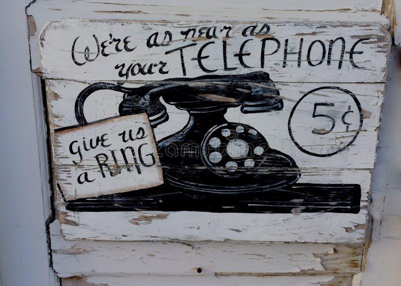 Vieux signe de téléphone image stock