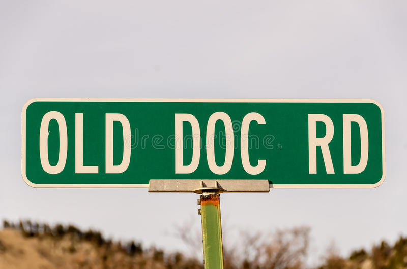 Vieux signe du Doc. Rd photographie stock