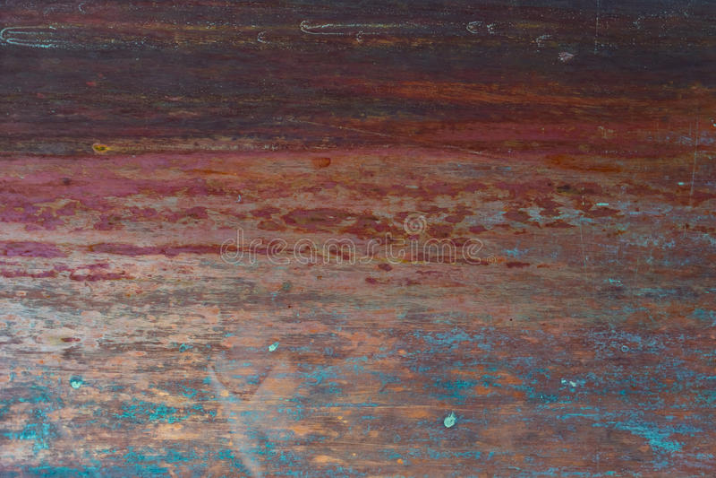 Vieux, strié, peint et superficiel par les agents fond en métal images stock
