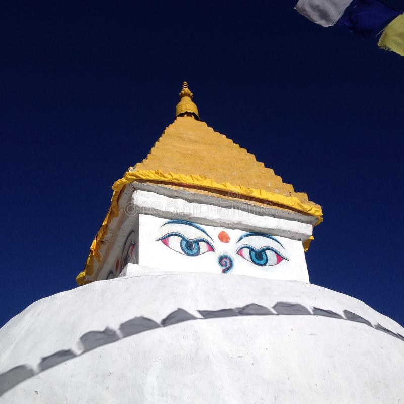 Vieux stupa au Népal photographie stock