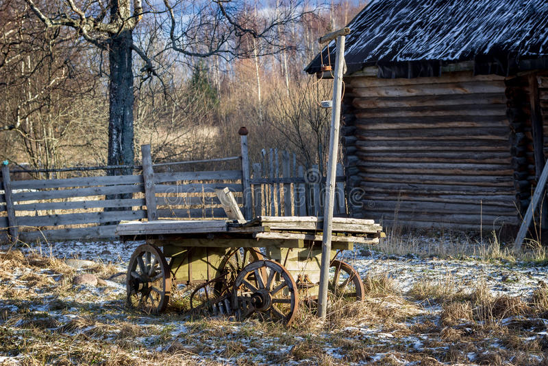 Vieux supports en bois de chariot images libres de droits