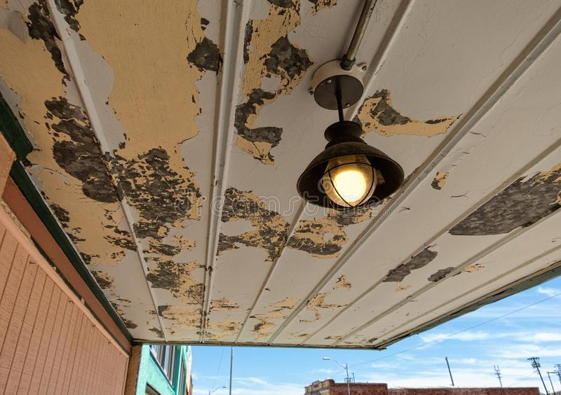 Vieux surplomb de devanture de magasin, Lowell, Arizona photographie stock libre de droits