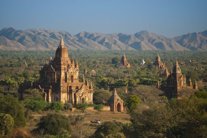 Vieux temples dans Bagan, Myanmar image libre de droits