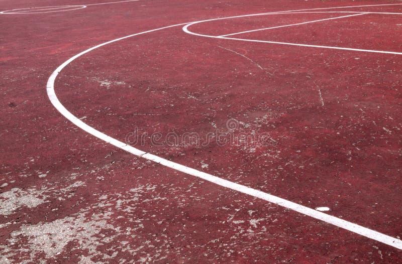 Vieux terrain de basket images libres de droits