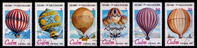 Vieux timbres-poste avec des ballons d'air photographie stock libre de droits