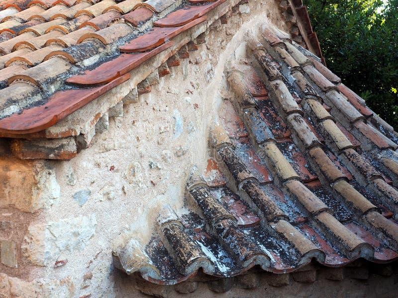 Vieux toit de tuile rond, Athènes, Grèce images libres de droits