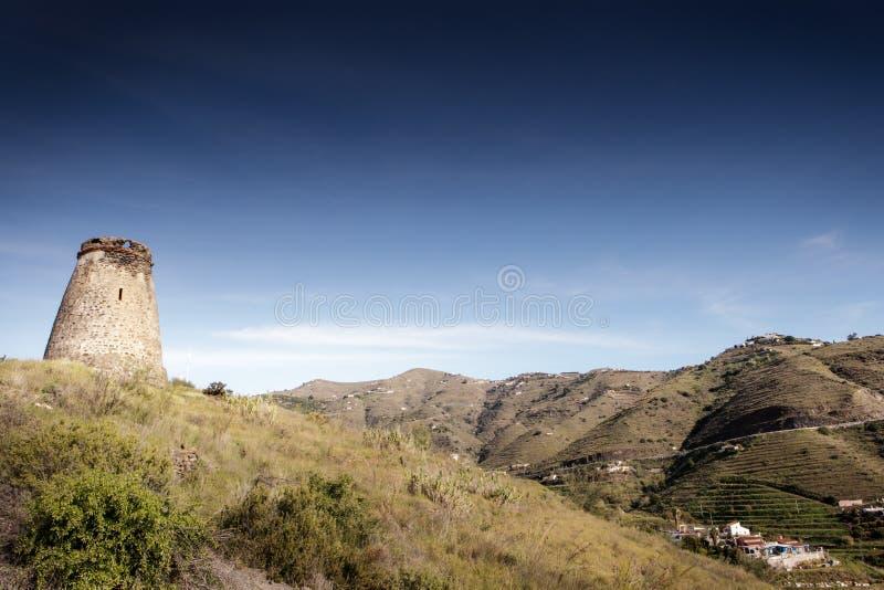 Vieux tour de guet en pierre en Espagne almunecar photographie stock