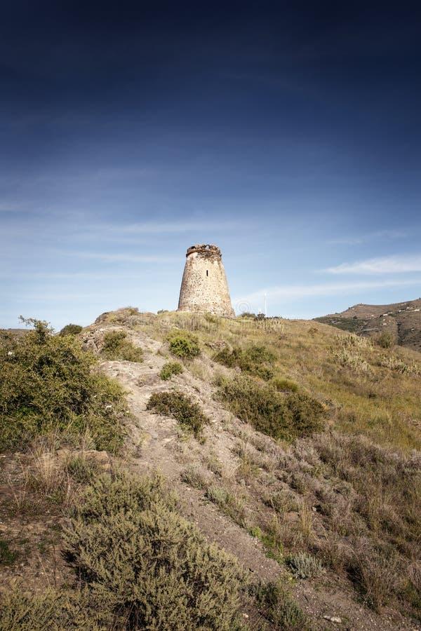 Vieux tour de guet en pierre en Espagne almunecar photographie stock libre de droits