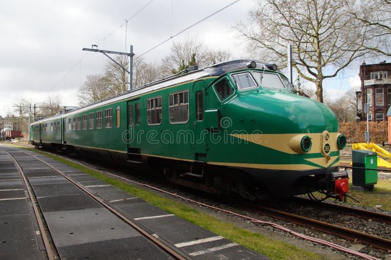 Vieux train électrique néerlandais Materieel '54 (tapis '54) - Hondekop photo libre de droits