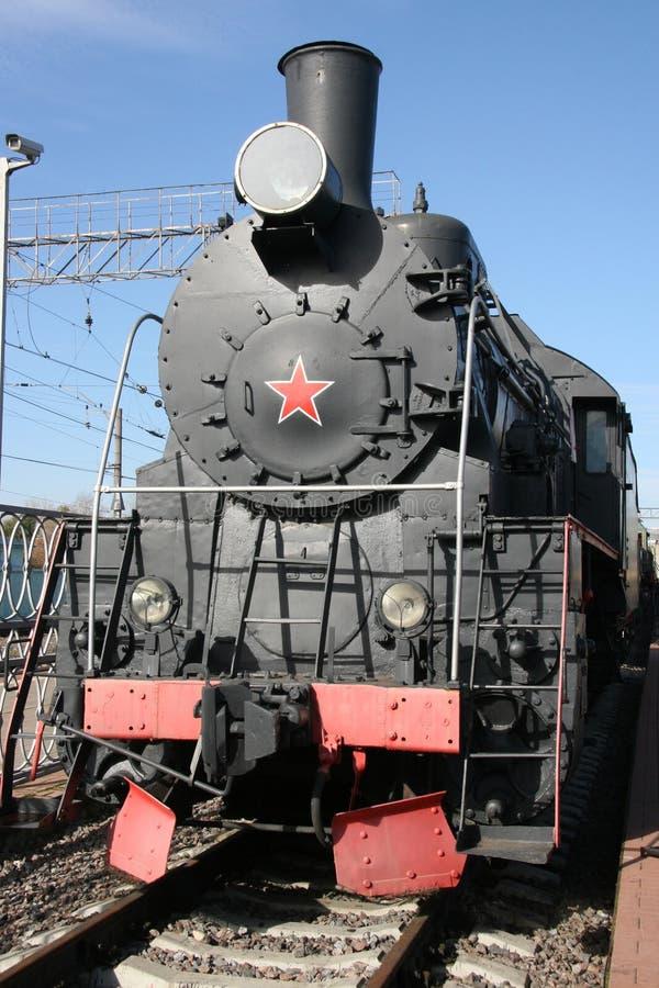 Vieux train avec l'étoile rouge image libre de droits