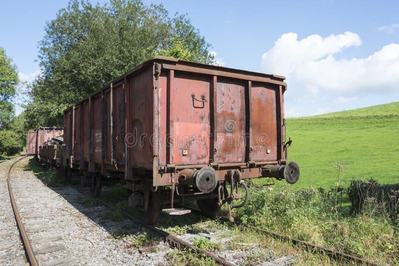 Download Vieux Train Rouillé Au Hombourg De Trainstation Image stock - Image du métal, railway: 45372455