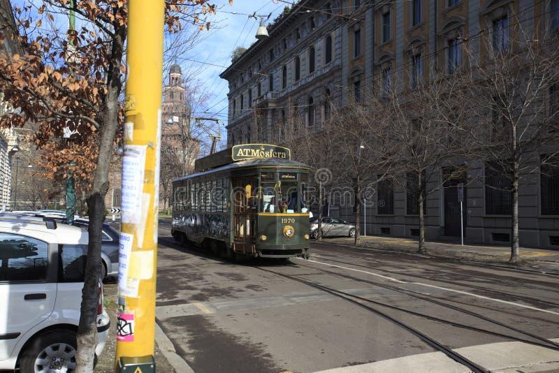 Vieux tram Atmosfera où les gens peuvent dîner tout en visitant t photographie stock libre de droits