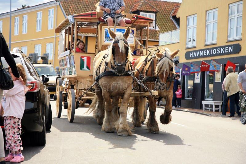 Vieux tramway de cheval dans Svaneke, Bornholm images libres de droits