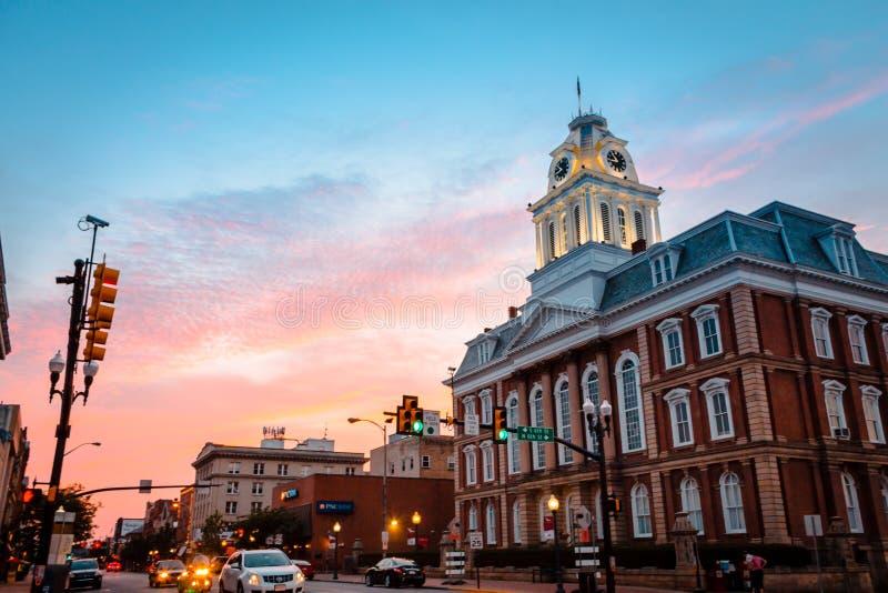 Vieux tribunal d'Indiana Pennsylvania au coucher du soleil photo libre de droits