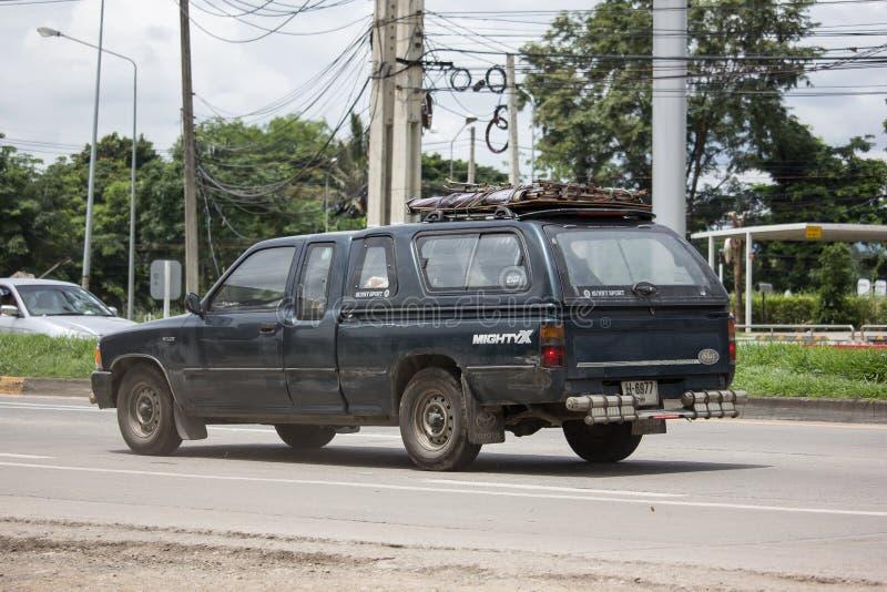Vieux véhicule privé Pickup, Toyota Hilux Mighty X photographie stock libre de droits