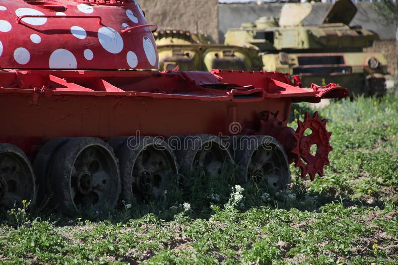Vieux véhicules blindés hors d'usage et abandonnés en Afghanistan image stock