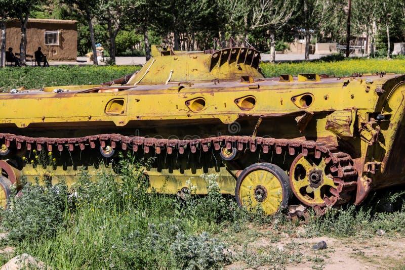 Vieux véhicules blindés hors d'usage et abandonnés en Afghanistan images libres de droits