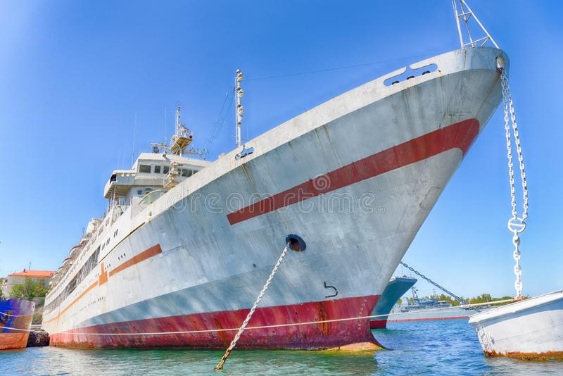 Vieux vaisseau de guerre images stock