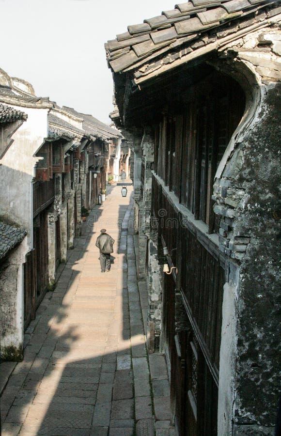 Vieux village chinois en bois photographie stock