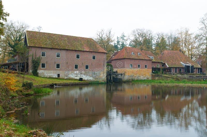 Vieux watermill photographie stock libre de droits