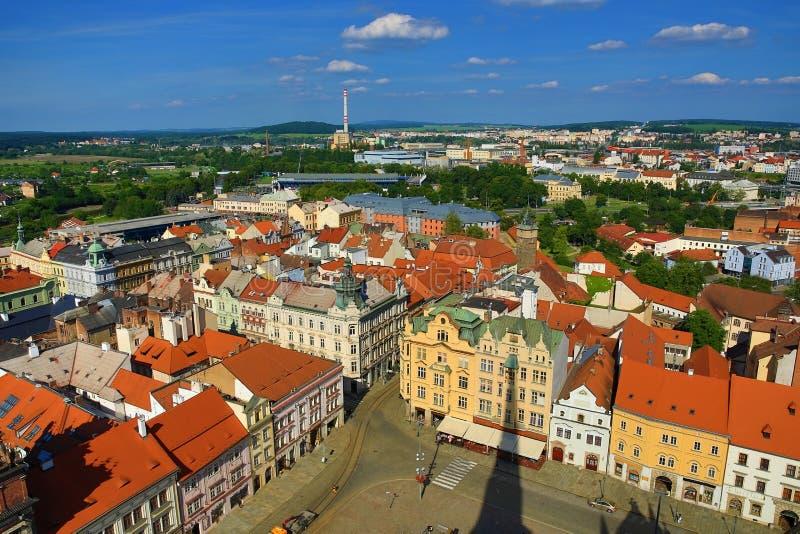 Viev von St Bartholomew Kathedrale auf Repubblic-Quadrat, Pilsen, Tschechische Republik stockfotos