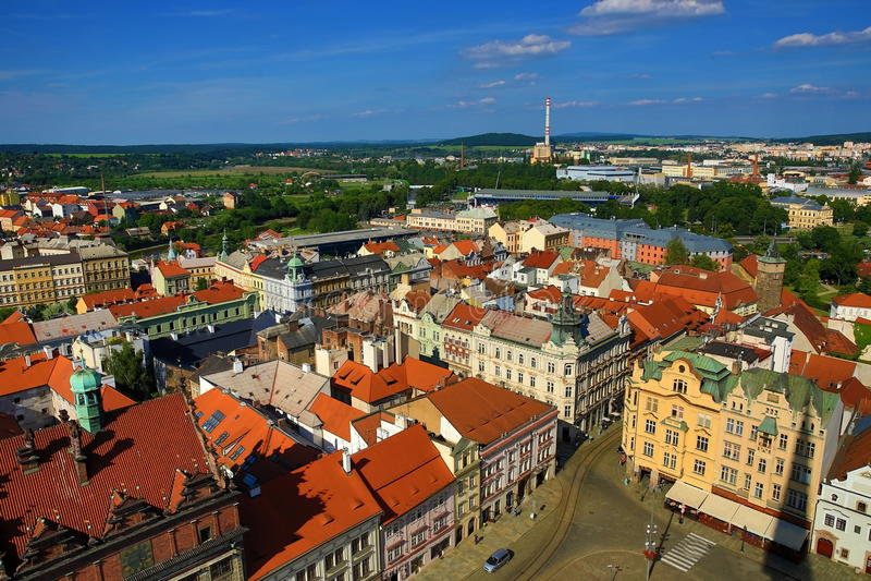 Viev von St Bartholomew Kathedrale auf Repubblic-Quadrat, Pilsen, Tschechische Republik stockbild