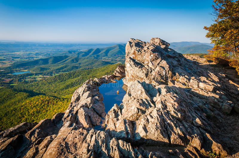 View of the Blue Ridge Mountains and Shenandoah Valley from Little Stony Man Cliffs, Shenandoah National Park, Virginia. stock photography