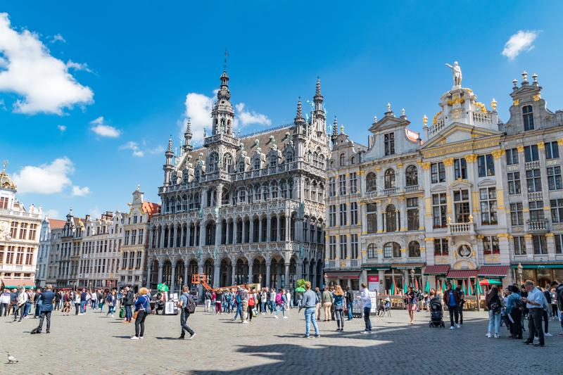 View central square with The Maison du Roi/Broodhuis building housing the museum royalty free stock image