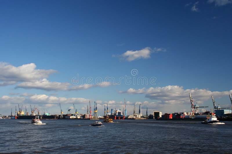 Download View Of Logistics At The Harbour - Serie (Total View) Stock Image - Image: 579637