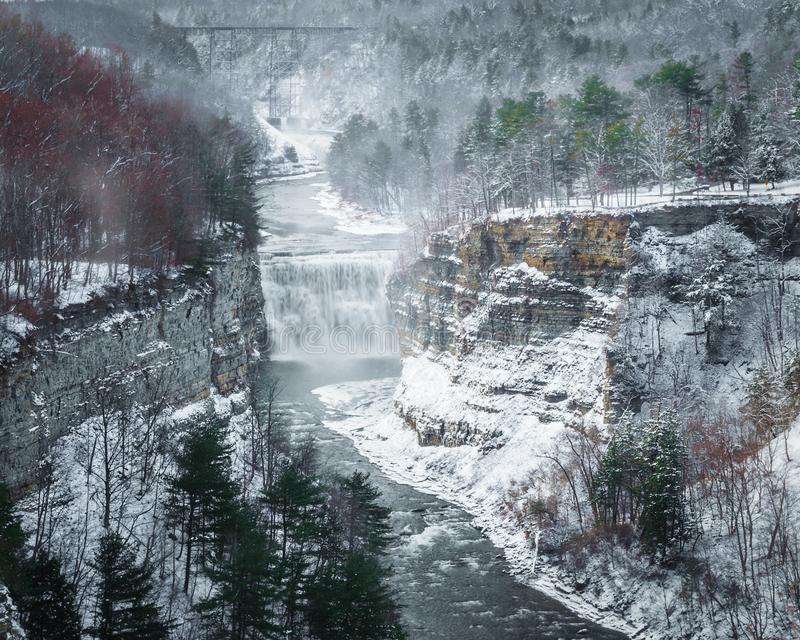 The view of Middle Falls from insparation point at Letchworth St stock photos