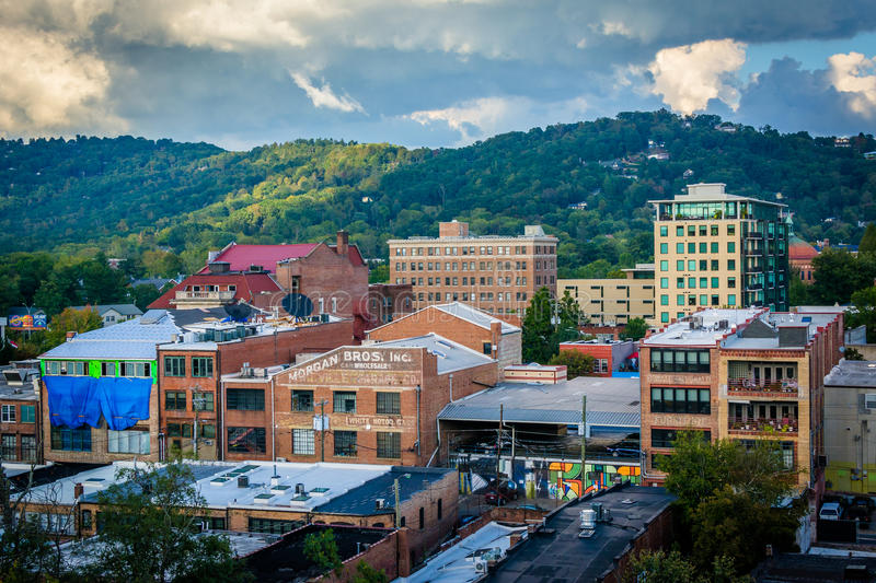 View of mountains and buildings in downtown Asheville, North Car. Olina royalty free stock photography