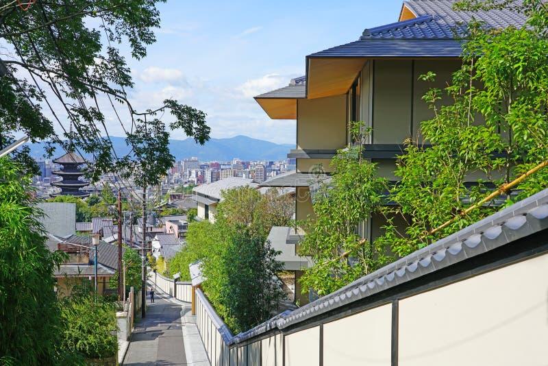 View of the Park Hyatt Kyoto hotel in Kyoto, Japan stock afbeeldingen