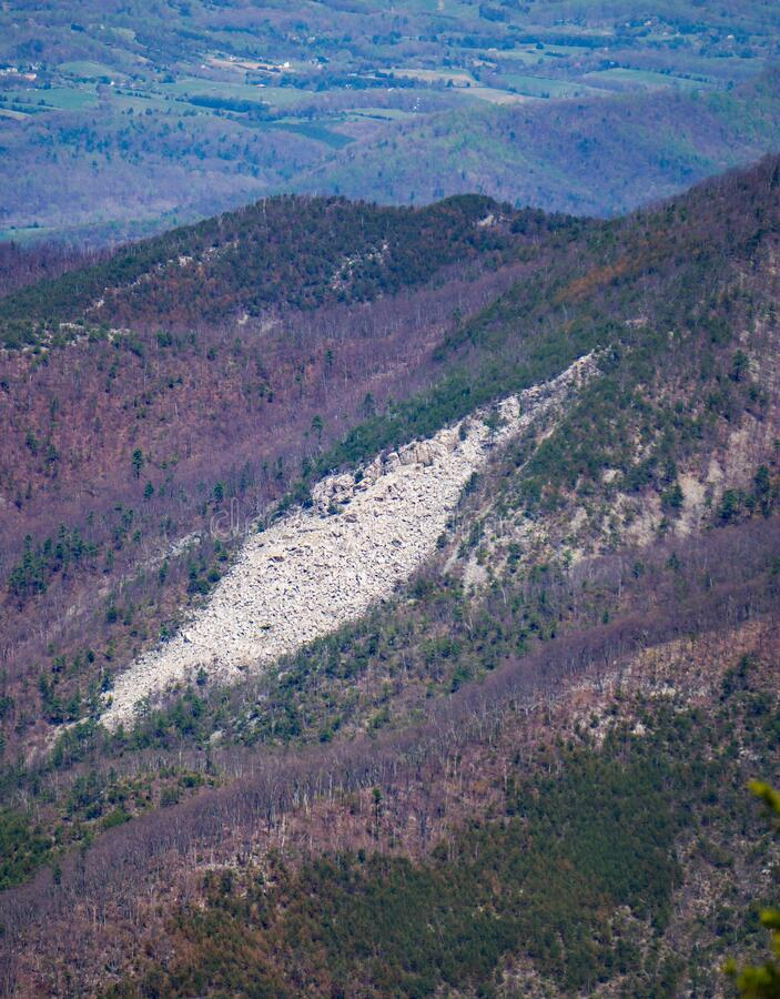 """A view the Rock Formation called """"The Devil's Marble Yard"""". The view of the Rock Formation called Devil's Marble Yard located in the Blue Ridge royalty free stock photos"""