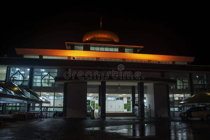 View of a mosque at night. View of Temerloh mosque after maghrib prayer, the mosque is located at a town called Temerloh, in the state of Pahang, Malaysia royalty free stock image