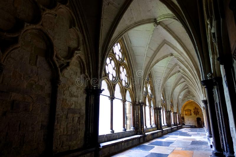Westminster Abbey Cloister. View of the vaulted exterior hallway of Westminster Abbey Cloister built in the thirteenth century stock image