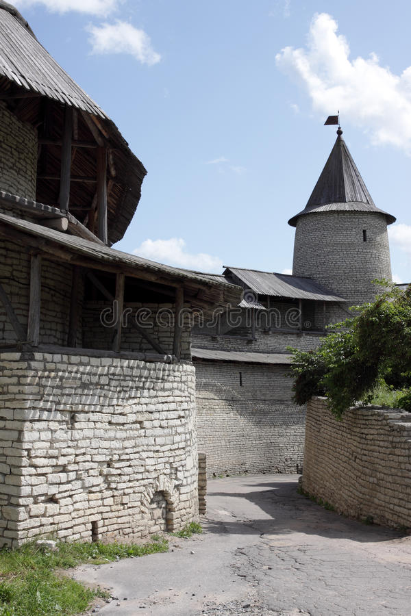 viewing башни pskov городищ стоковые изображения rf