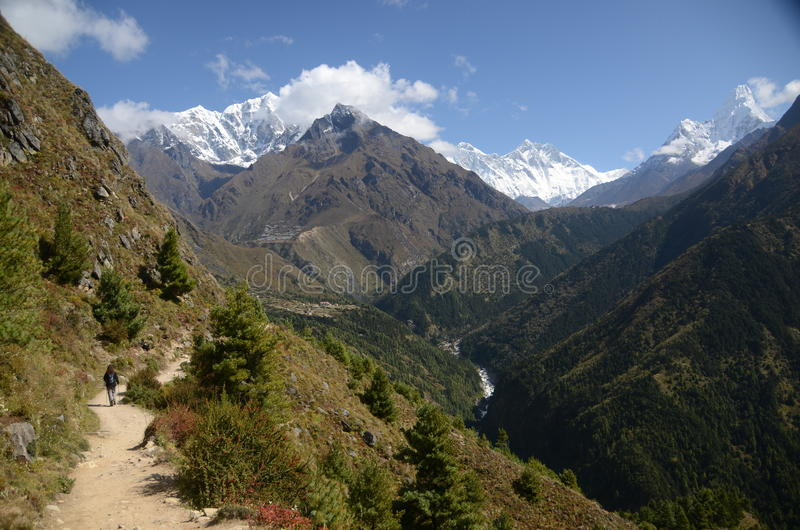 Download Views of the Everest stock photo. Image of mountain, peaks - 21928542
