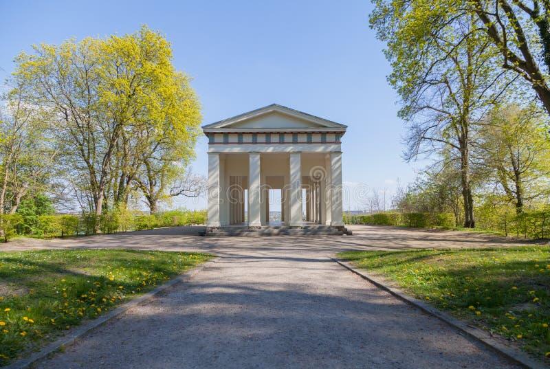 Vigia do Belvedere do templo do totó em Neubrandenburg, Alemanha fotografia de stock