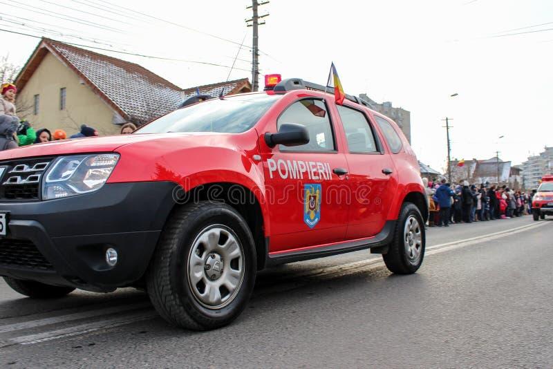 Vigile del fuoco militare del vehicule di parata di festa nazionale rumena fotografia stock libera da diritti