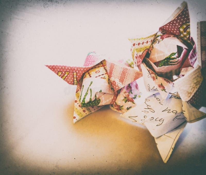 Vignetting de papel do vintage das tulipas das flores do origâmi fotos de stock royalty free