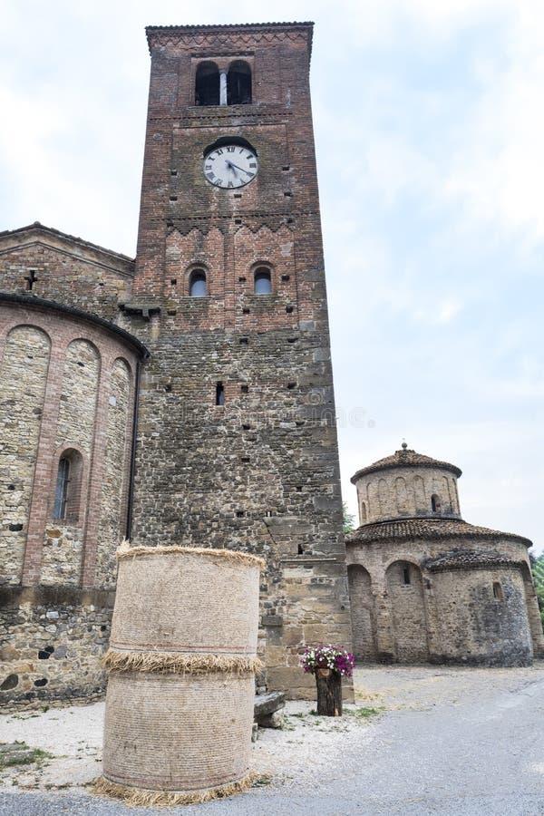 Vigolo Marchese Piacenza, Italië: middeleeuwse kerk royalty-vrije stock afbeelding