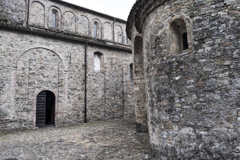 Vigolo Marchese Piacenza, Italië: middeleeuwse kerk stock fotografie