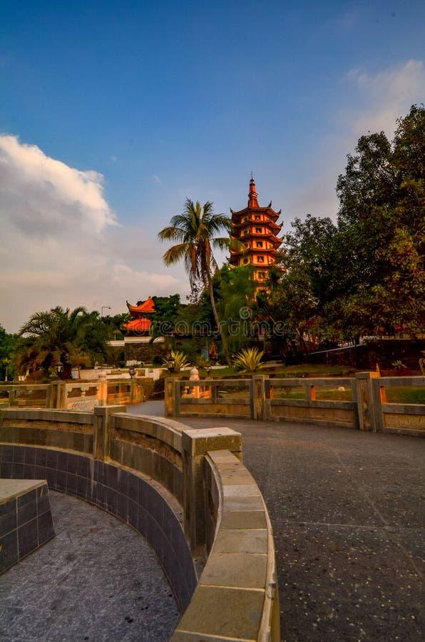 Vihara Buddhagaya in Semarang is Vihara hoogst in Centraal Java royalty-vrije stock foto's