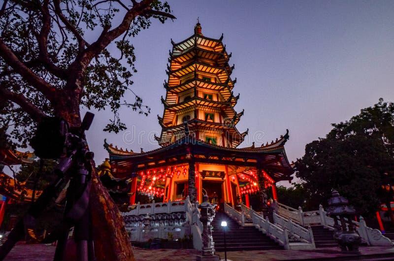Vihara Buddhagaya in Semarang ist Vihara, das in Jawa Tengah am höchsten ist stockfotografie