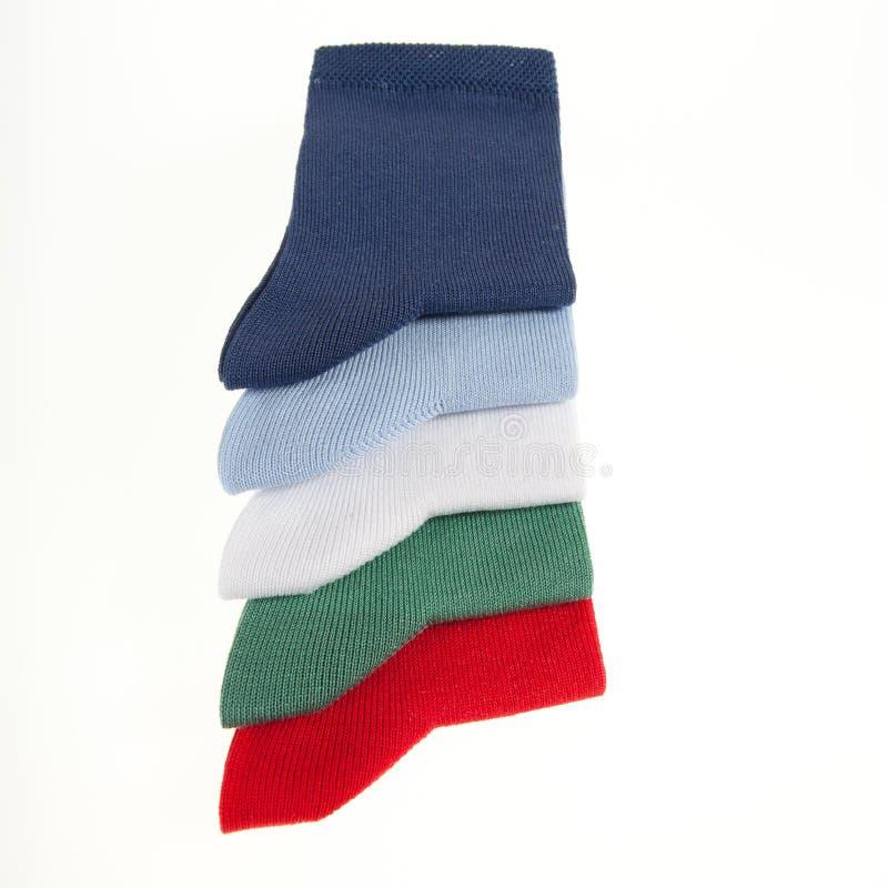 Download Vijf Kleurrijke Die Sokken Op Grijs Worden Geïsoleerdn Stock Afbeelding - Afbeelding bestaande uit manufacturenhandel, achtergrond: 29511045