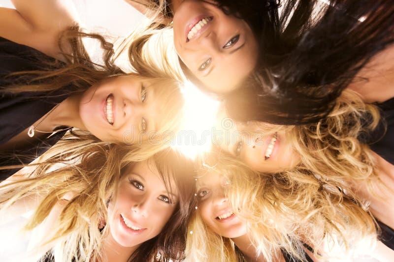 Vijf vrouwenteam stock foto