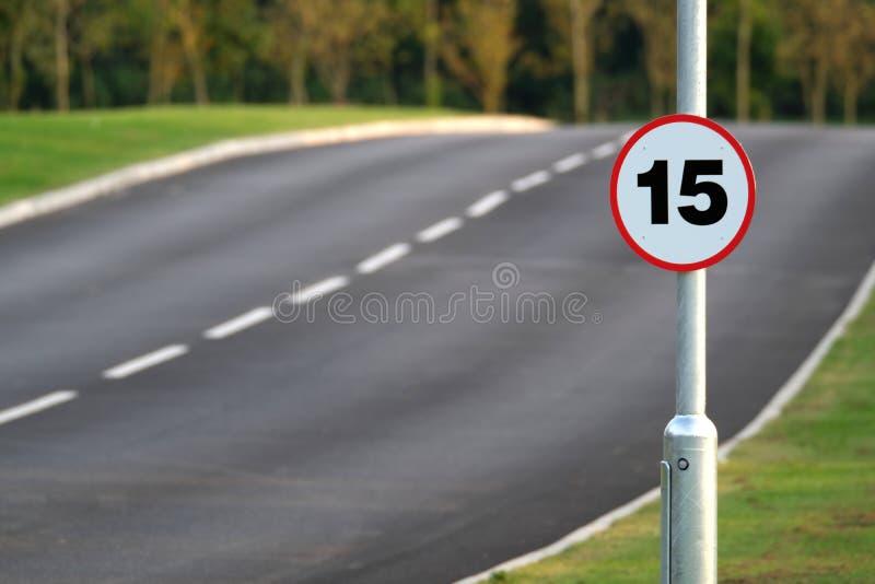 Vijftien mijl per het teken van de uurmaximum snelheid stock afbeeldingen