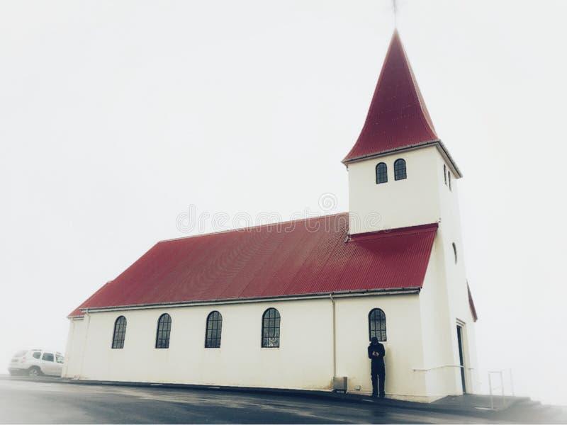 Vik ι myrdal εκκλησία, Ισλανδία στοκ εικόνα